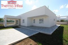 Villa residenziale Mondello (PA) Infissi pvc Schermature solari Griesser