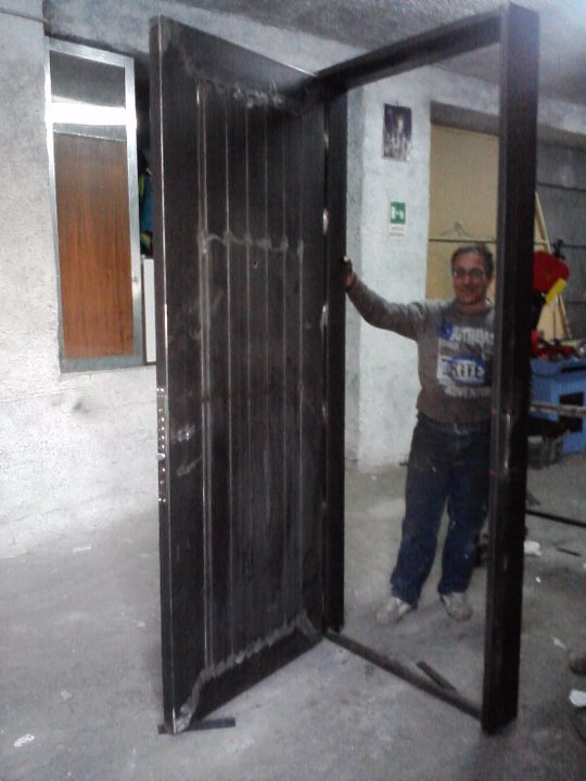 Porte blindate a Catania METAL PROJECTS