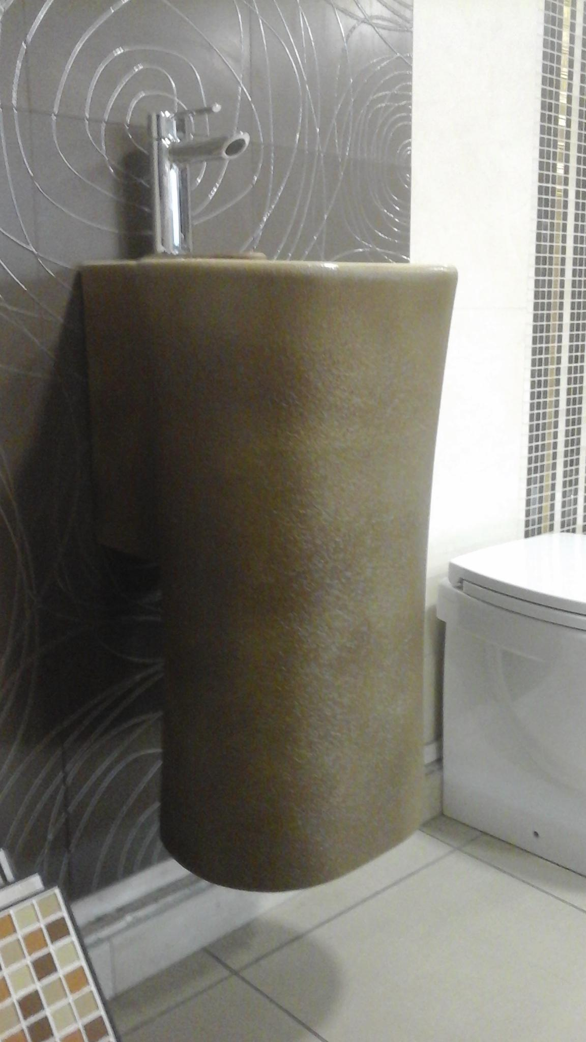 Lavabo sospeso nativo catania for Altezza lavabo sospeso