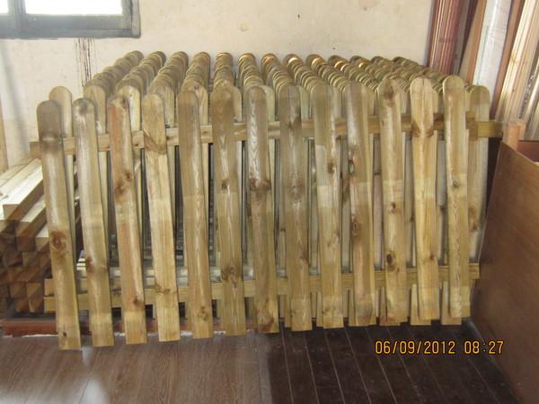 Recinzioni in legno marsala trapani for Staccionata in legno leroy merlin
