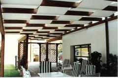 Realizzazione produzione gazebi in legno con telo (Marsala, Trapani)