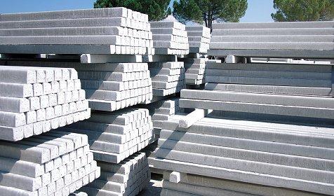 Pali di cemento per recinzioni usati