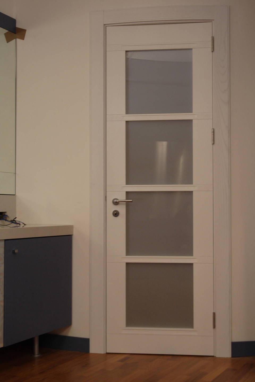 Legno Laccato Su Misura porta in legno di castagno laccata bianca invenzione d