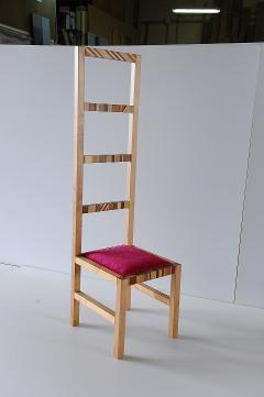 Sedia con schienale alto in legno di ciliegio Invenzione d'Arredamento Con seduta Fuxia