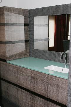 Mobiletto bagno in Wangè Sbiancato Invenzione d'Arredamento Arredo su misura