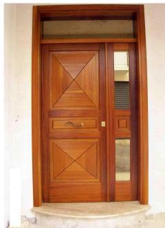 Porta di Ingresso in Legno di Iroko Invenzione d'Arredamento Design